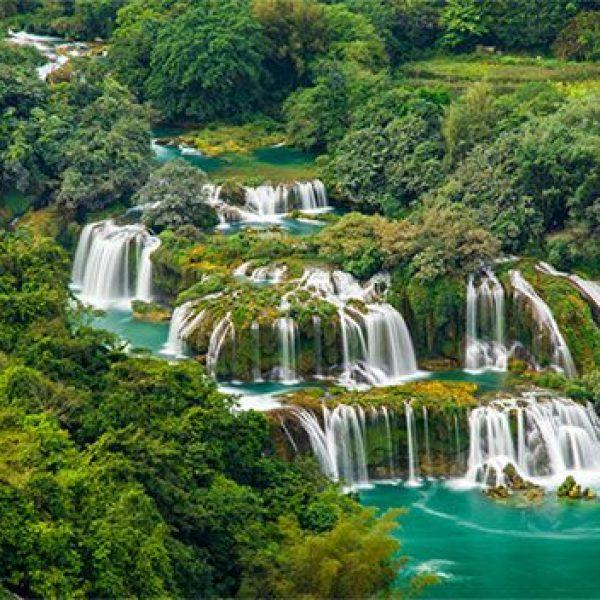 co-mot-cao-bang-dep-nhu-mua-thu-troi-au-giua-ngay-dong-gia-lanh-28242575