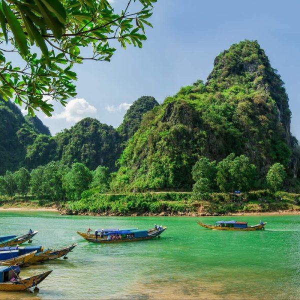 phong-nha-ke-river-boats